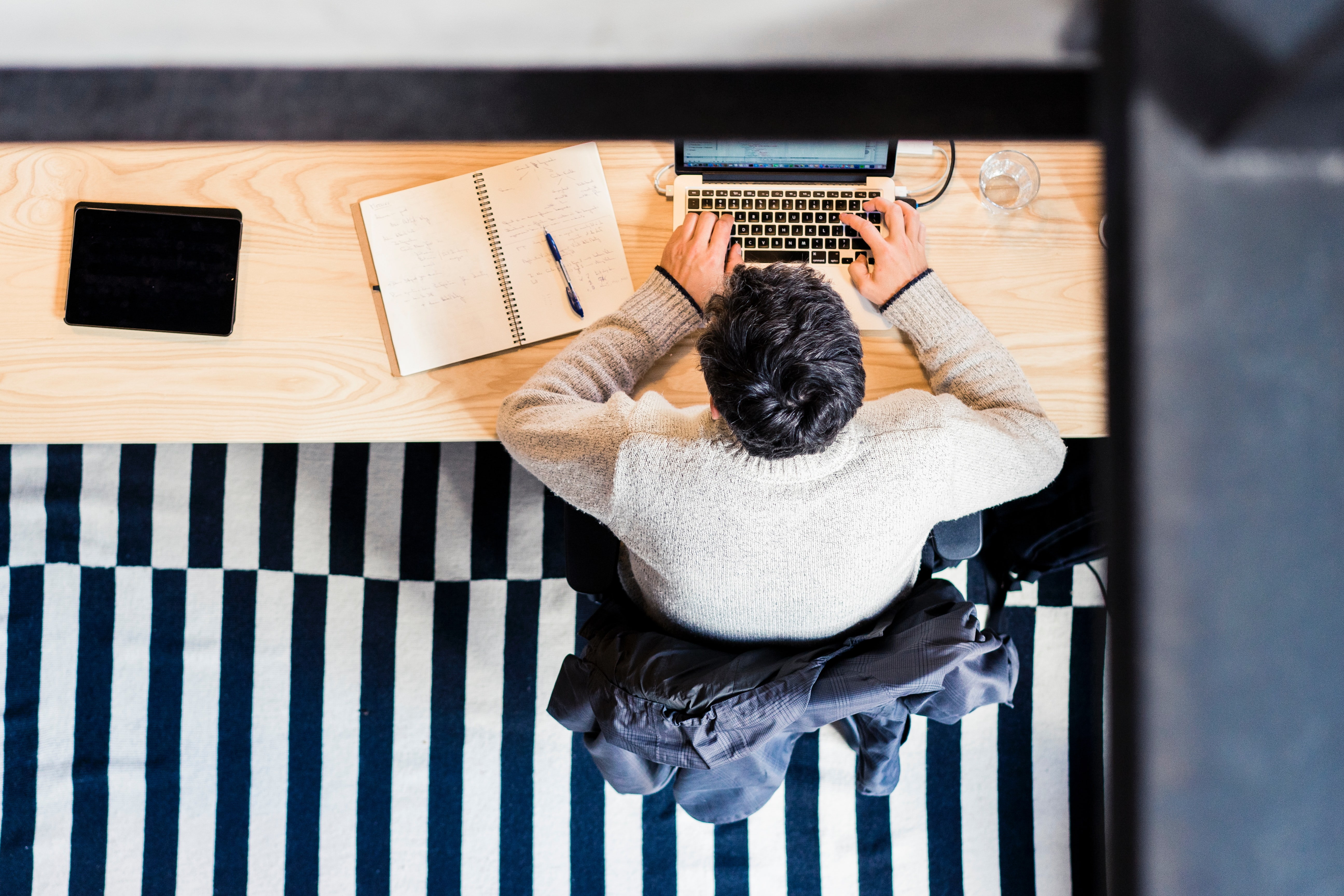 Riemun vinkit: toimiston monikäyttökalusteet